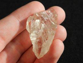citrin svetle zluty prirodni kamen obrazky 1