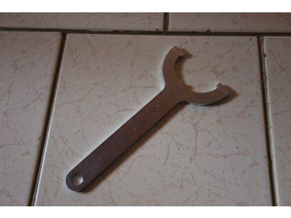 Klíč seřizovací zadních tlumičů (Jawa 638-640)