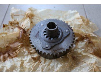 Spojkový koš - kolo spojky řetězové, holé (Jawa, ČZ 125, 175 orig.)