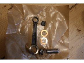 Ojnice komplet - pro pístní čep 16, jehlová klec (Jawa 350) CKR
