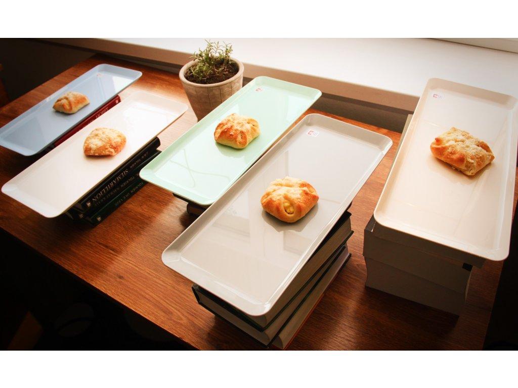 podnos 36 cm x15 cm x1,5 cm chlebíčkový,plast
