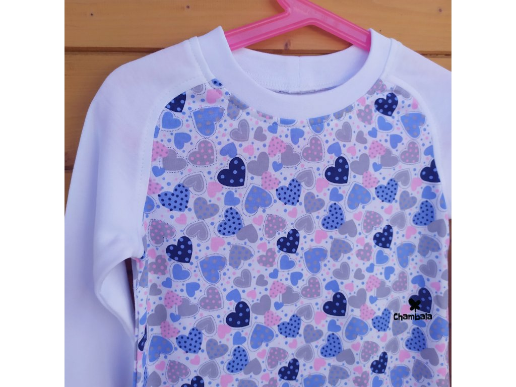 Noční košilka dlouhá, Srdíčka modré, rostoucí