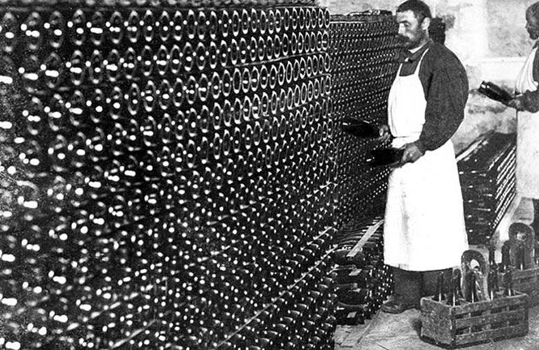 Historie šampaňského