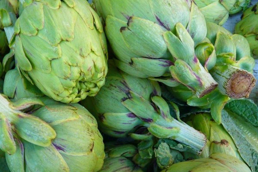 Artyčoková srdíčka na grilu s oreganem a solí – ideální příloha k masu