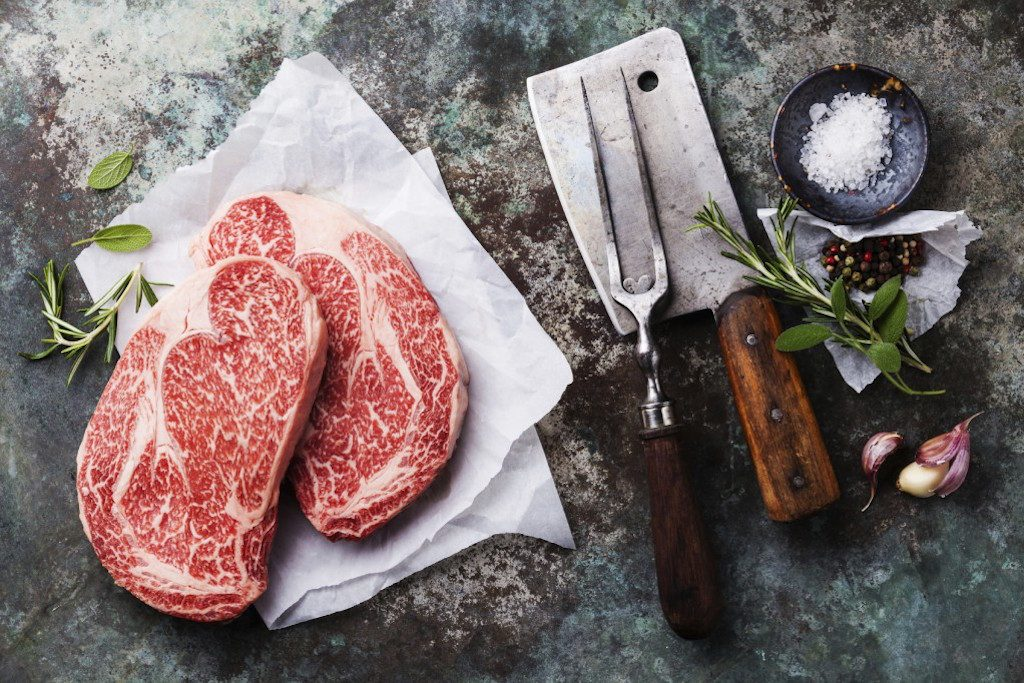Šťavnatý steak nebo podrážka? Důležitost zrání masa