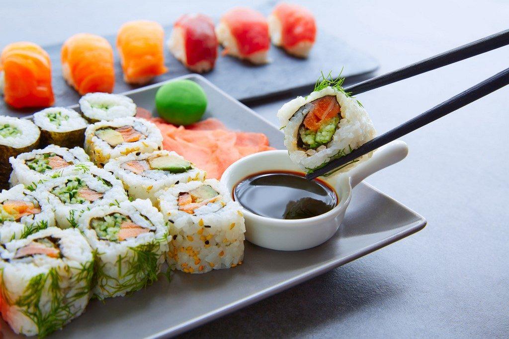 Sushi pro začátečníky: 4 druhy, které zvládne úplně každý. Co jste o nich nevěděli?