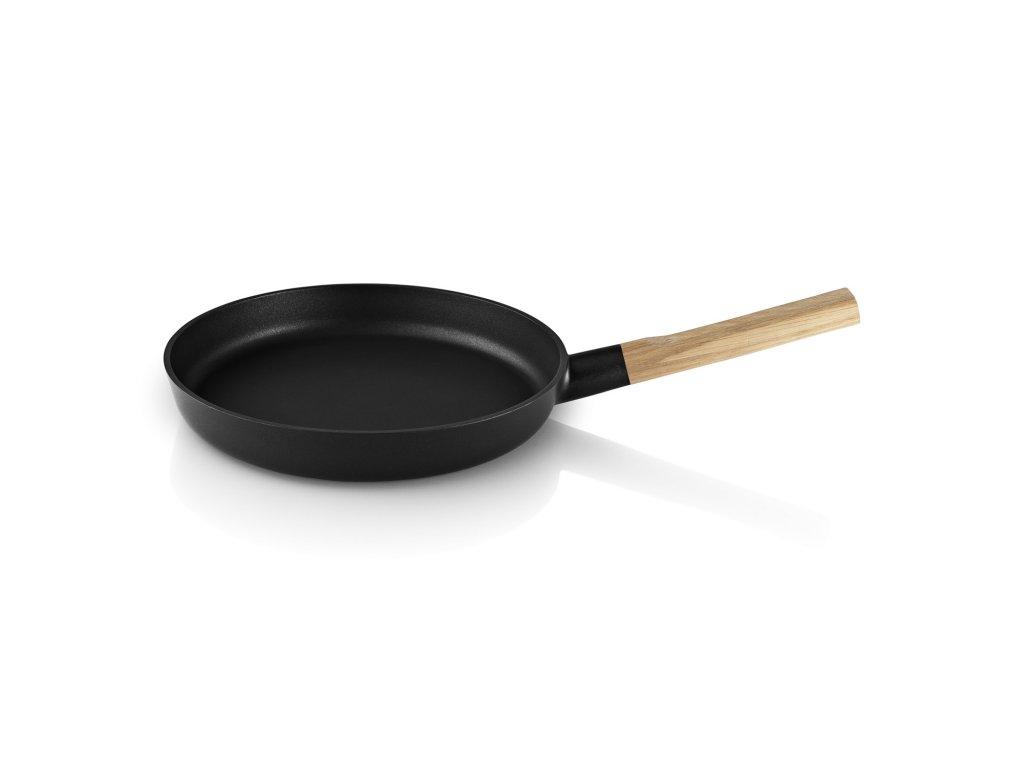 Pánev s dřevěnou rukojetí Nordic kitchen O 28 cm