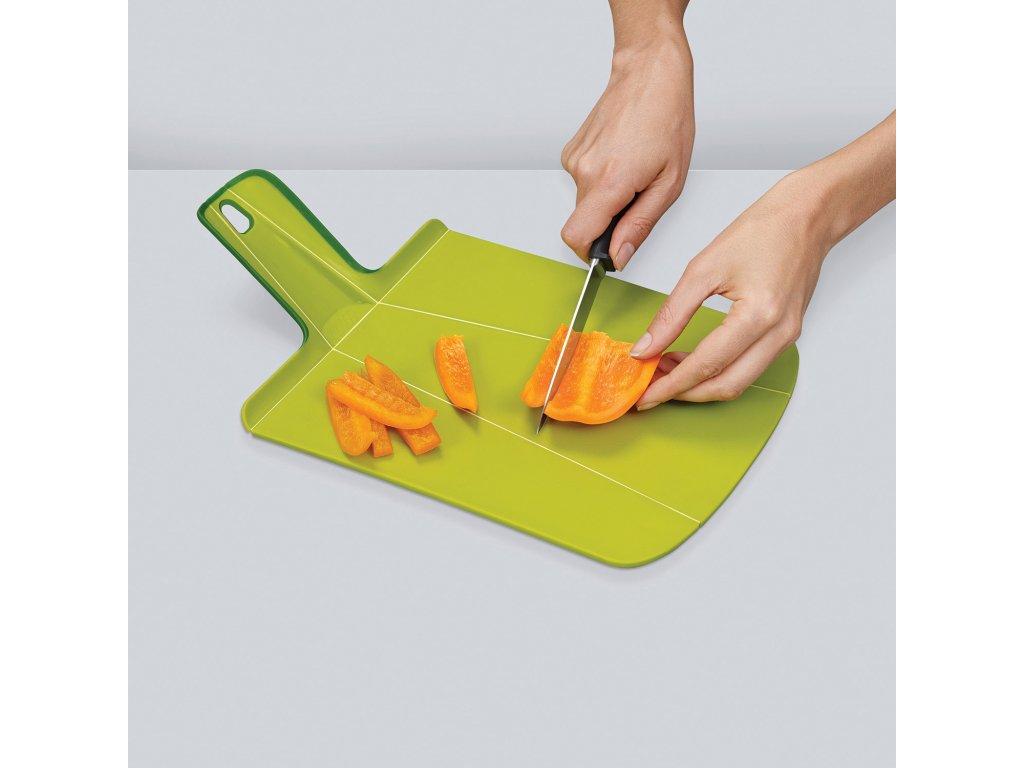 Skládací krájecí prkénko červené Chop2Pot™ Large Joseph Joseph