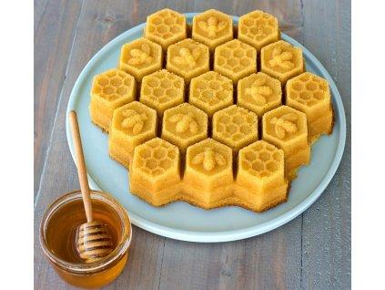 Forma ve tvaru včelí plástve Honeycomb Pull Apart Nordic Ware zlatá 2,4 l