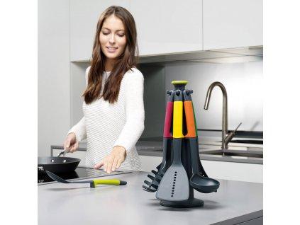 Rotační stojan s náčiním Multi-colour Elevate™ Joseph Joseph