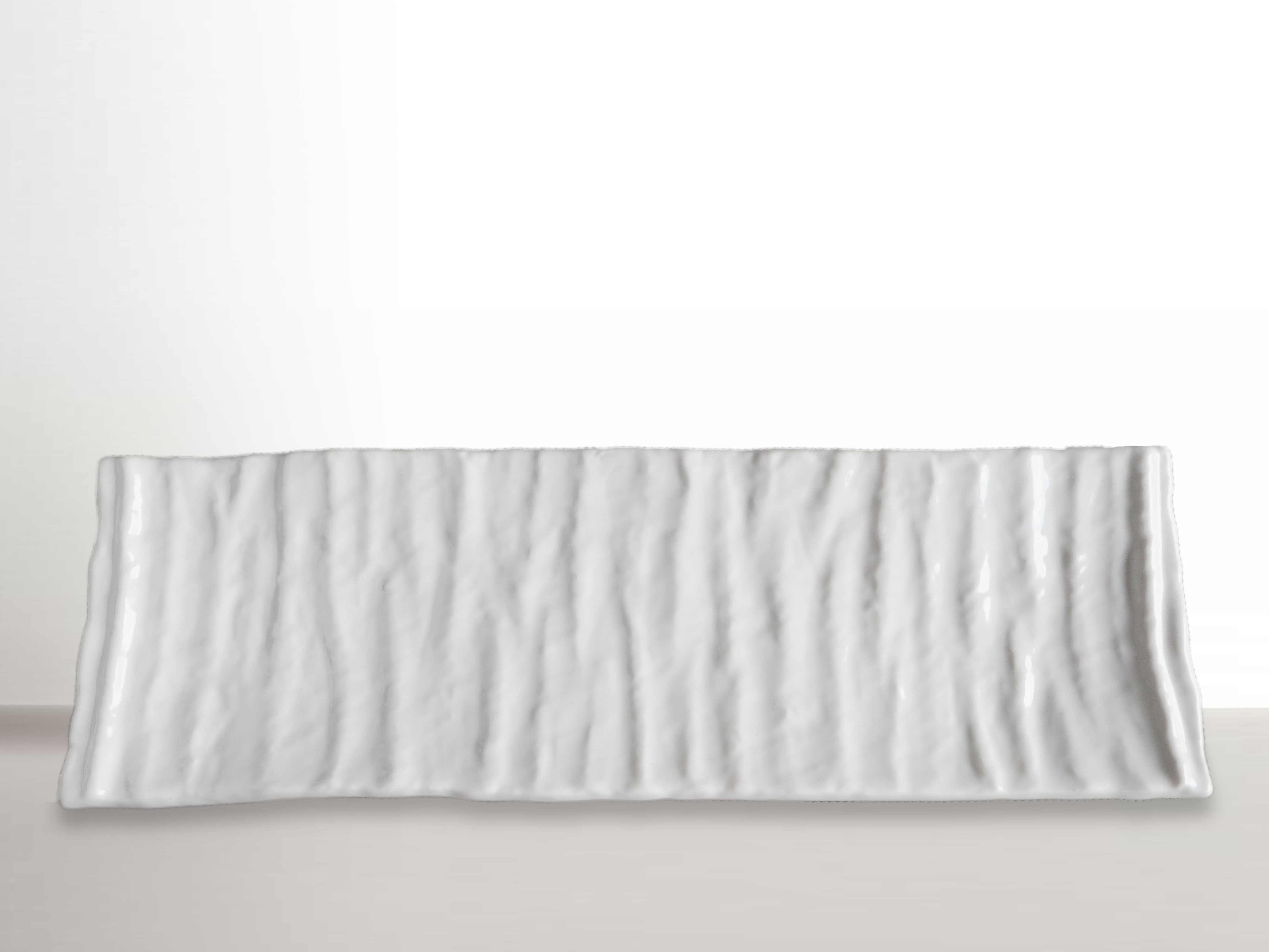 MIJ Hranatý talíř na sushi Crumpled bílý 33 x 11 cm