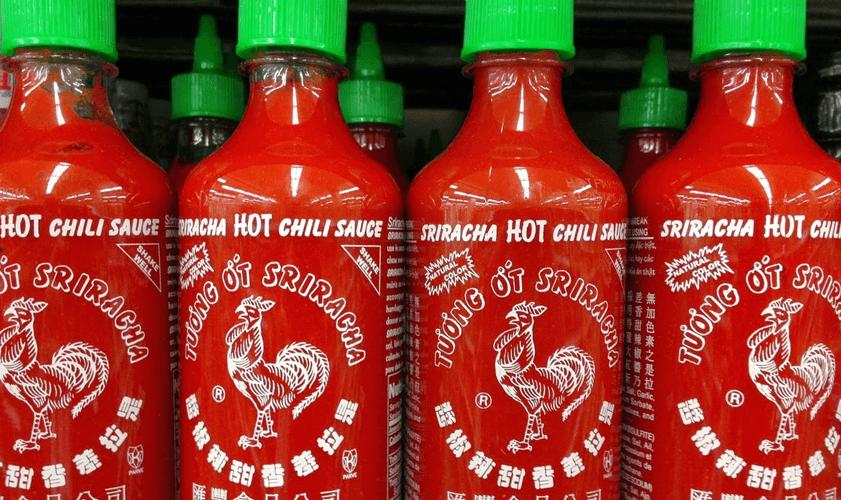 Všetko o chilli a omáčke Sriracha