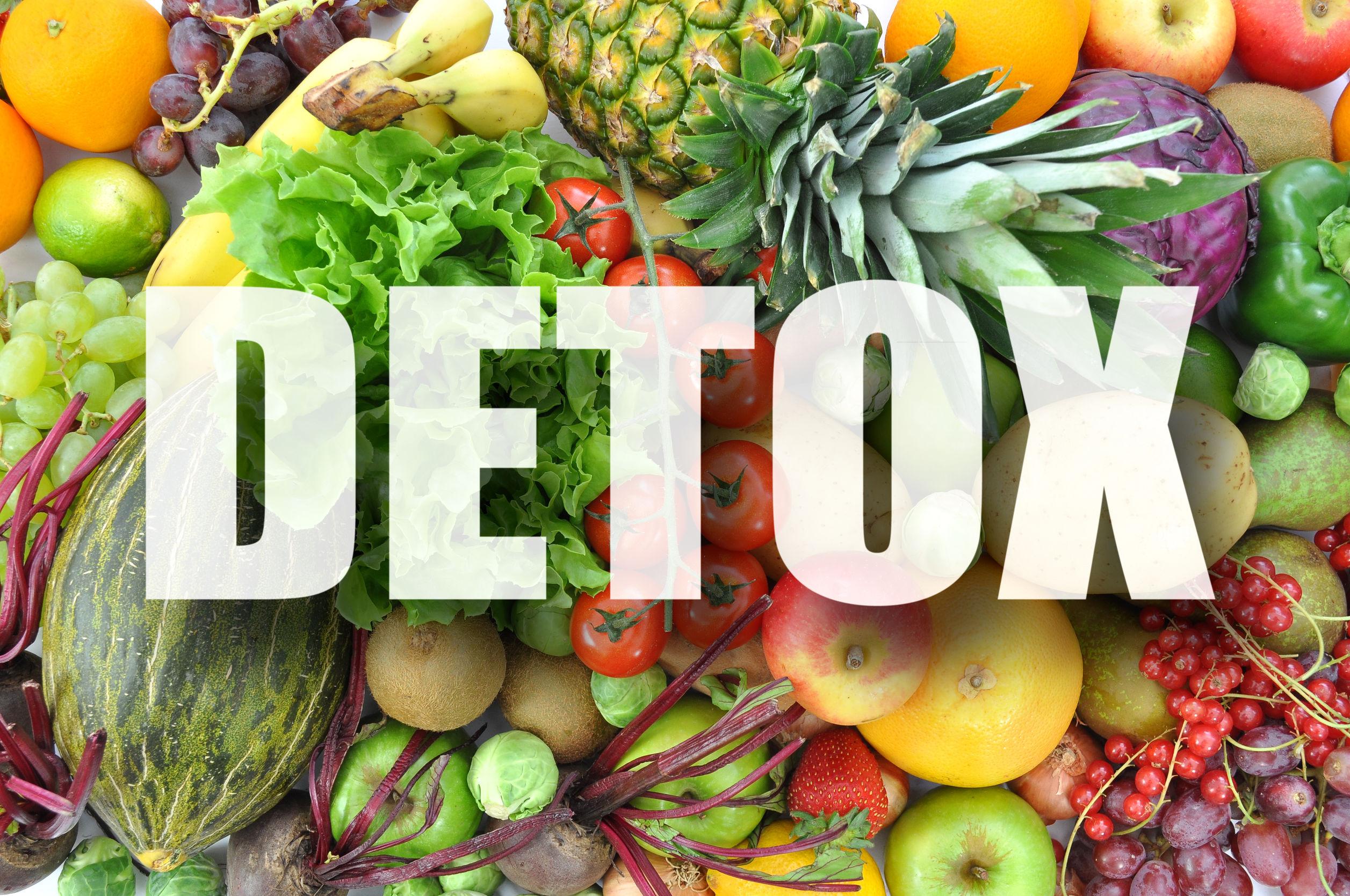 Detox: Zdravé smoothie recepty + výber mixéra a odšťavovača