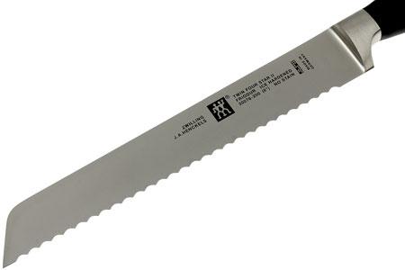 Zwilling Four Star II, nůž na chléb 20 cm