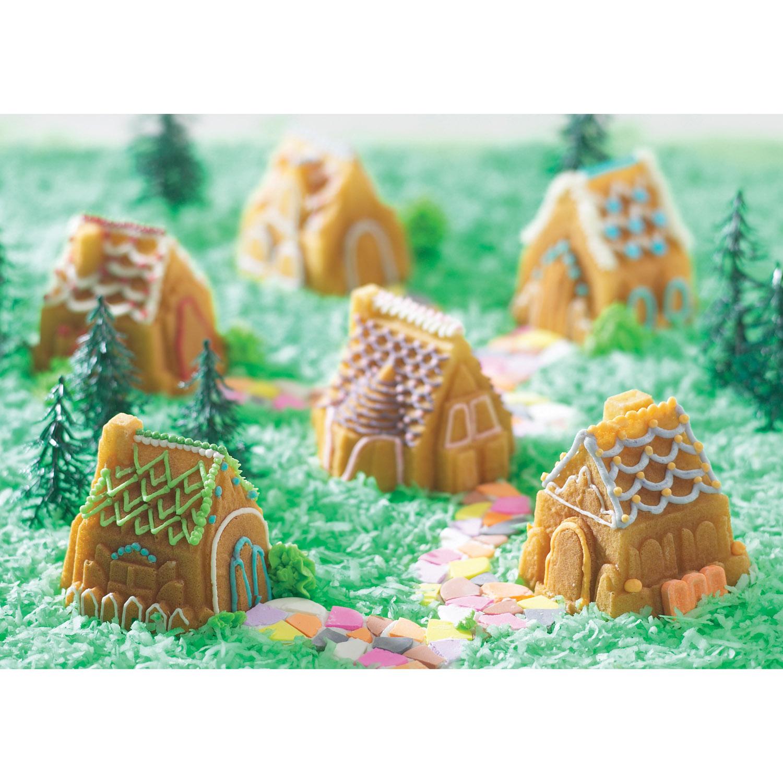 Forma na pečenie na 6 chalúpok Cozy Village Bundt® strieborná Nordic Ware