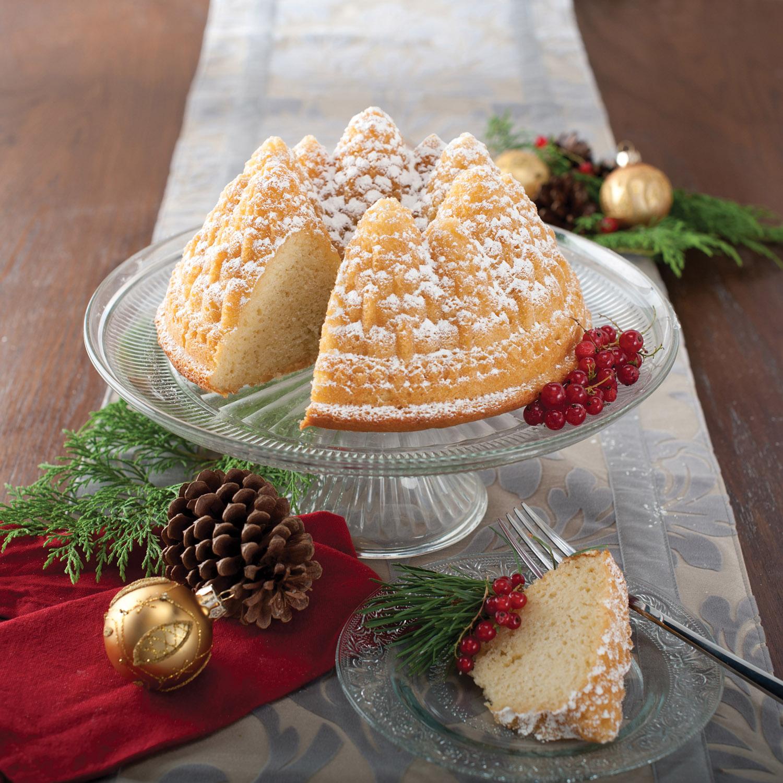 Forma na bábovku so stromčekmi Pine Forest Bundt® strieborná Nordic Ware