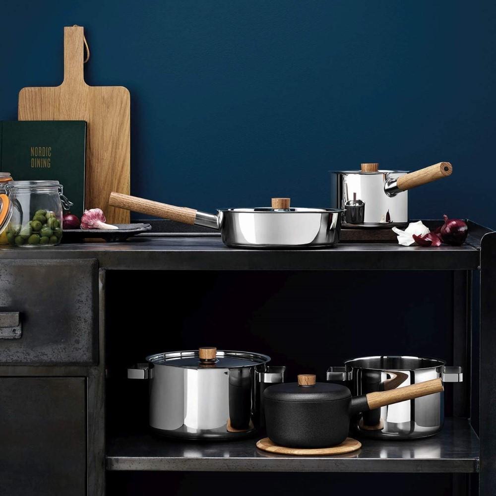 Hrniec s pokrievkou Nordic kitchen nehrdzavejúca oceľ Ø 20 cm Eva Solo