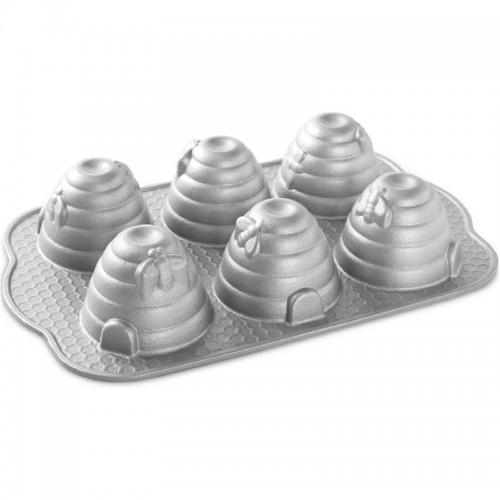Forma na 6 malých včelích úľov Beehive Bundt® strieborná Nordic Ware