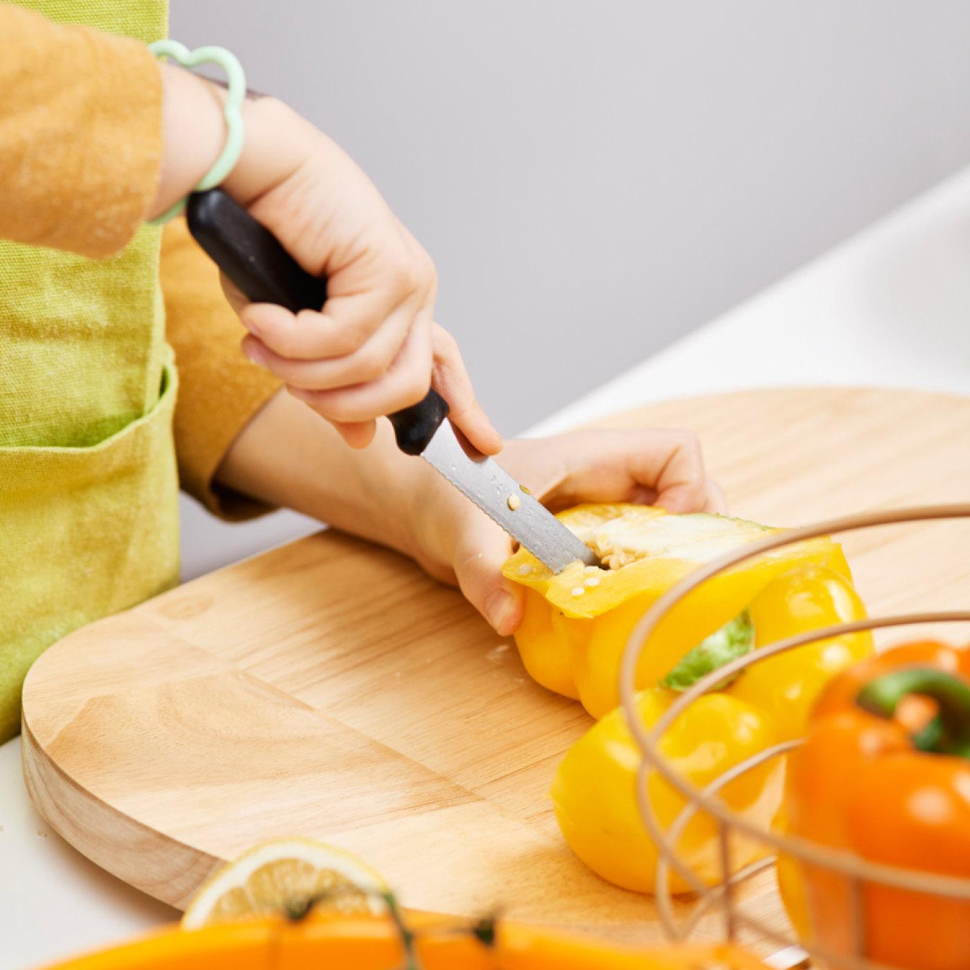 Doska na krájanie drevená 38 x 23 cm ONO Thomas