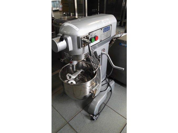 Robot univerzální SM-10