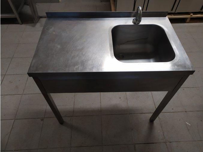 Stůl s dřezem (1000x600x850)
