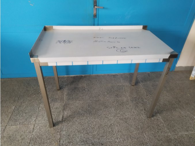 Stůl (1250x700x900)