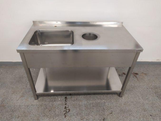 Stůl mycí (1350x700x900)