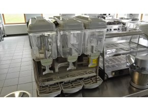 Výrobník a vířič chlazených nápojů C-3S