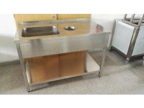 Mycí stůl (1350x700x900)