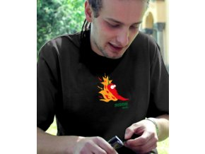 12 Pánské tričko OHNIVÁ CHILLI detail