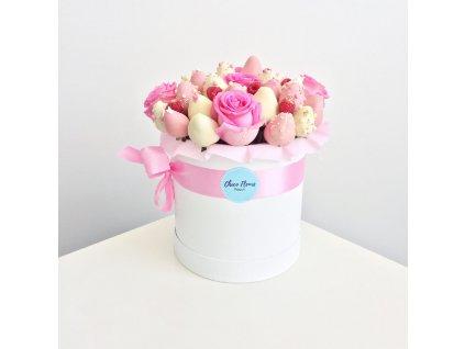 Květinový box z růží a jahod v čokoládě - purpurový
