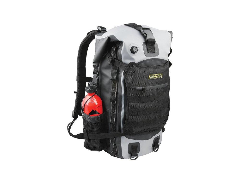 Multifunkční batoh Nelson-Rigg Hurricane pro náročné motorkáře. Snadno připevnitelný k vašemu motocyklu. Objem 40 litrů. TW Ryder