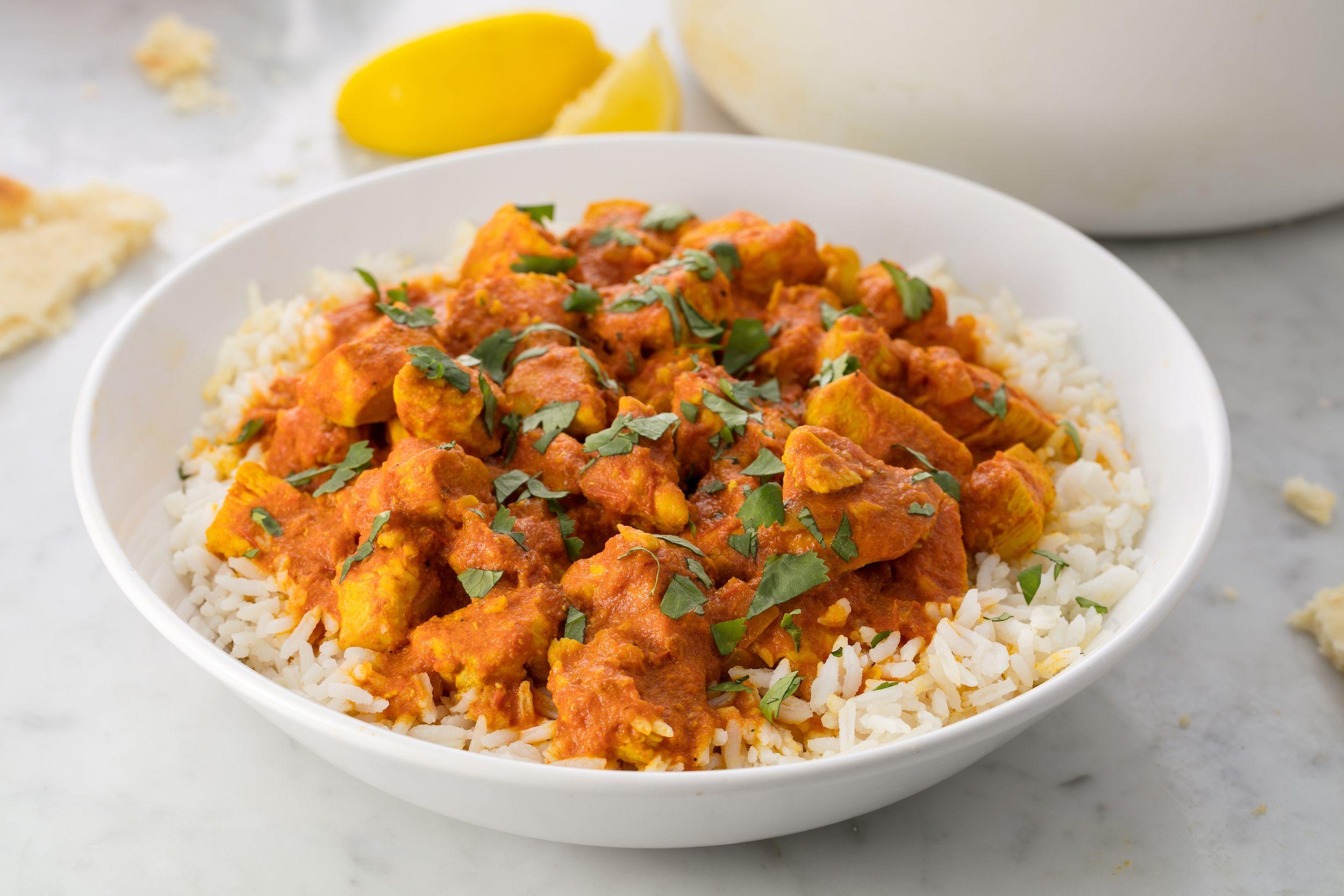 Kuřecí kari - Pikantní indické kuřecí kari připravené z různých druhů koření
