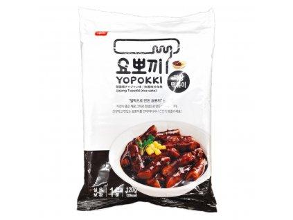 YOPOKKI korejské rýžové koláčky s omáčkou z černých fazolí 140g