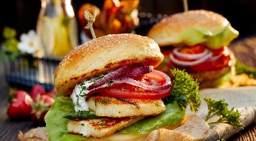 Pikantní Halloumi burger