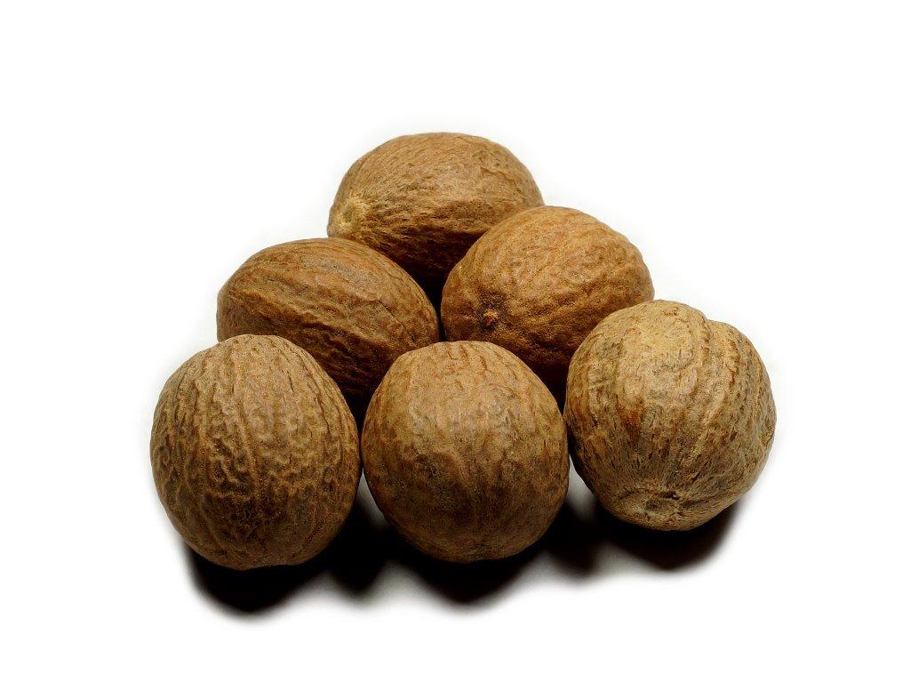 Ořechy celé