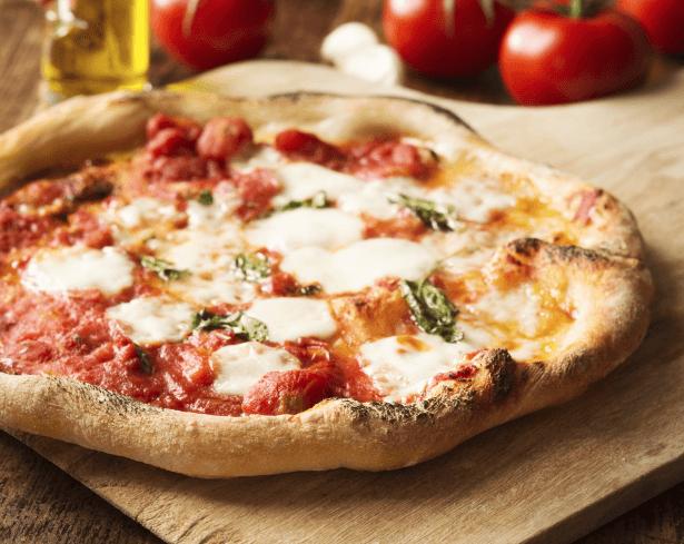 typicke_suroviny_italske_kuchyne_pizza