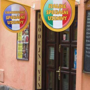 Prodejna vín, uzenin a kulinářských specialit