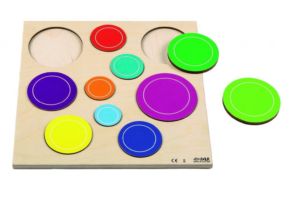 Dřevěné vkládací puzzle s barevnými bublinami Rolf Bubbles