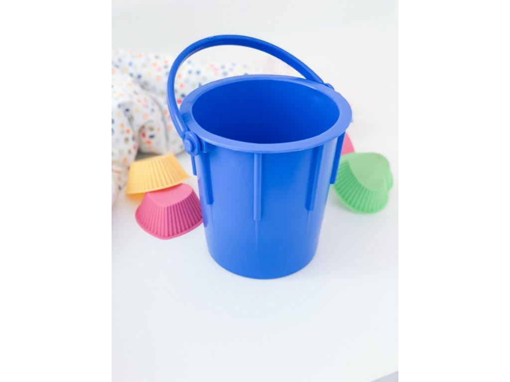 Klasický kyblík z odolného plastu modrý