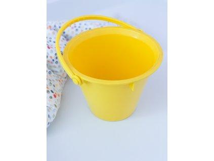 Velký kyblík žlutý
