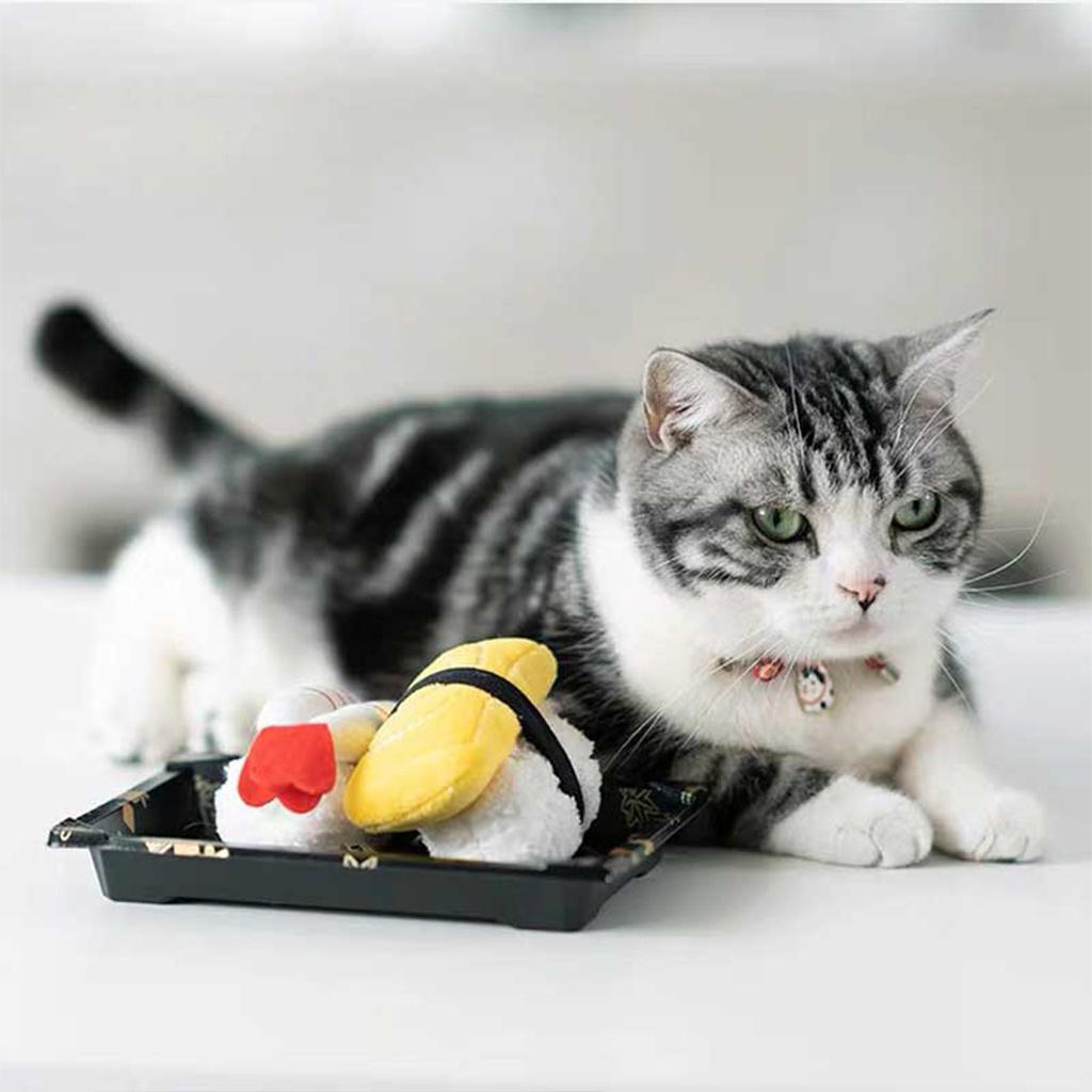 hračky pro kočky sushi 3
