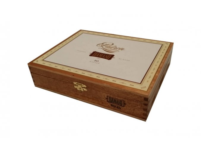 Padron Damaso No.15 box1 1340x840