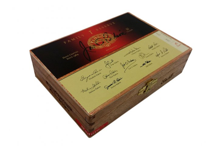 Padrón Family Reserve No.45 Maduro 10ks box