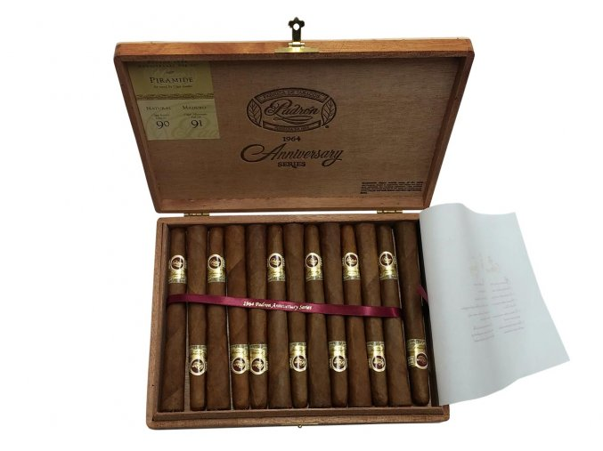 Padrón 1964 Anniversary Series Pyramide Natural 25ks box