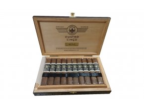 Cuatro Cinco Double Robusto Box Open 1340x840