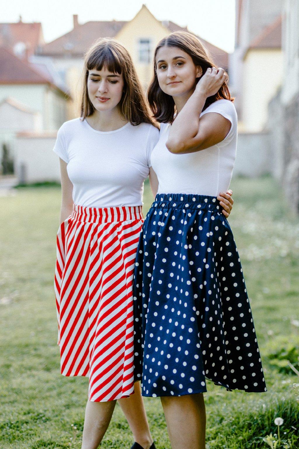 sukně SE ŠIROKÝMI PUNTÍKY v barevných variantách
