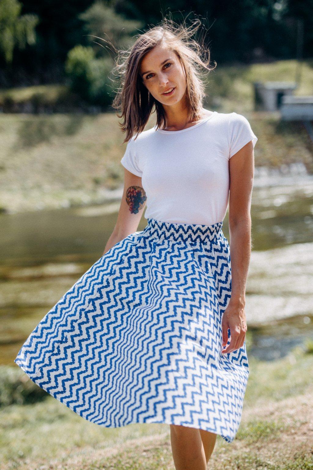 sukně VLNKY v barevných variantách