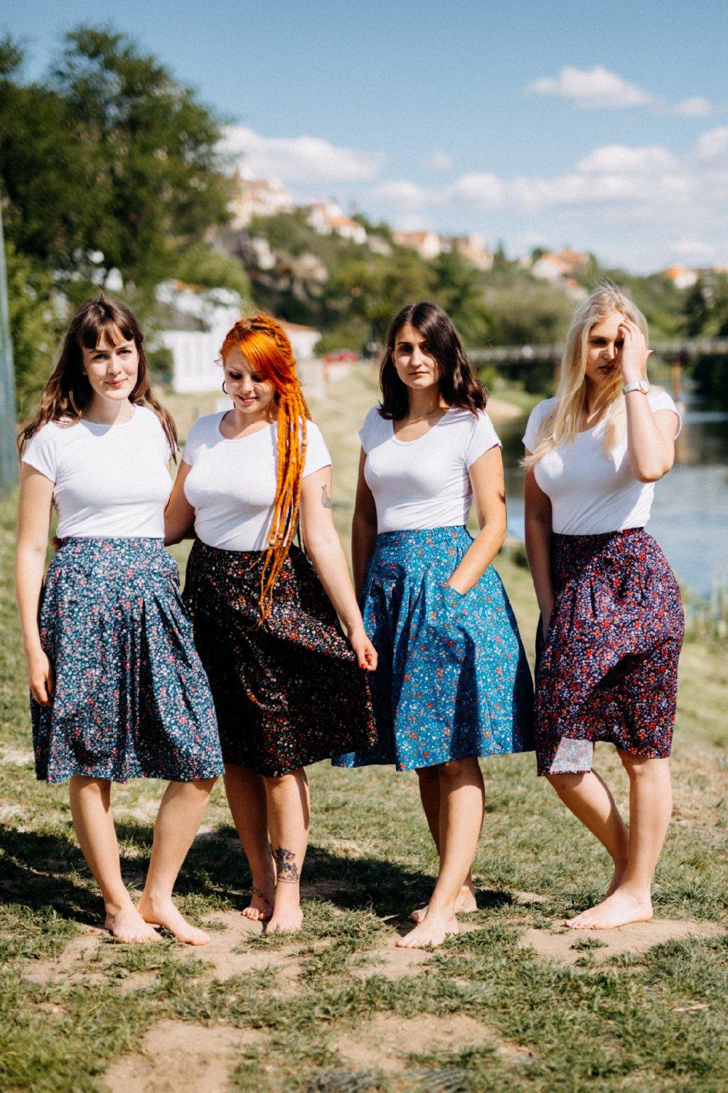 sukně s kapsami DROBNÉ KVĚTY v barevných variantách