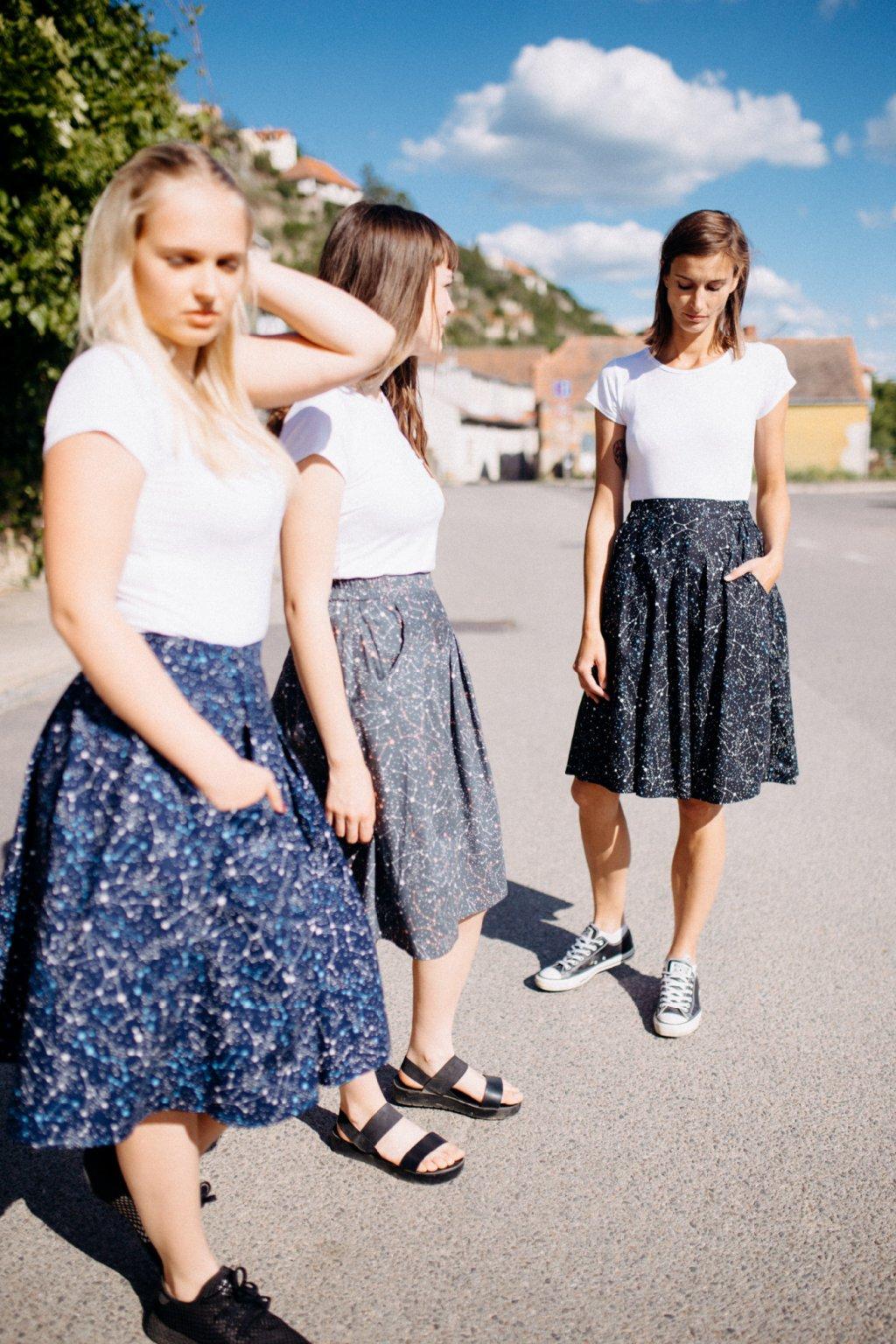 sukně s kapsami SOUHVĚZDÍ v barevných variantách